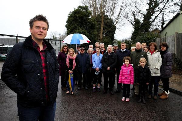Plans for Rickmansworth 'monster mast' thrown out.