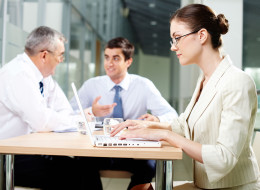 8 Ways to Avoid Workplace Politics and Focus on Success