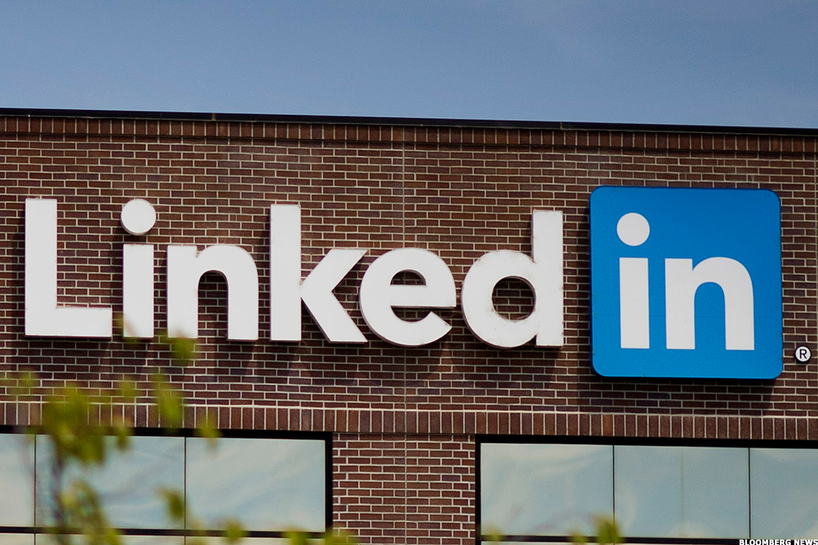 LinkedIn Still Shines Despite First-Quarter Earnings Disappointment