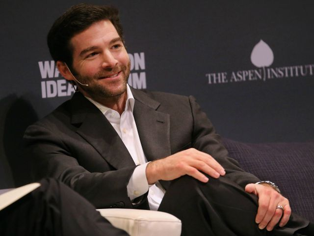 LinkedIn CEO Jeff Weiner Is Passing His $14 Million Stock Grant to Employees