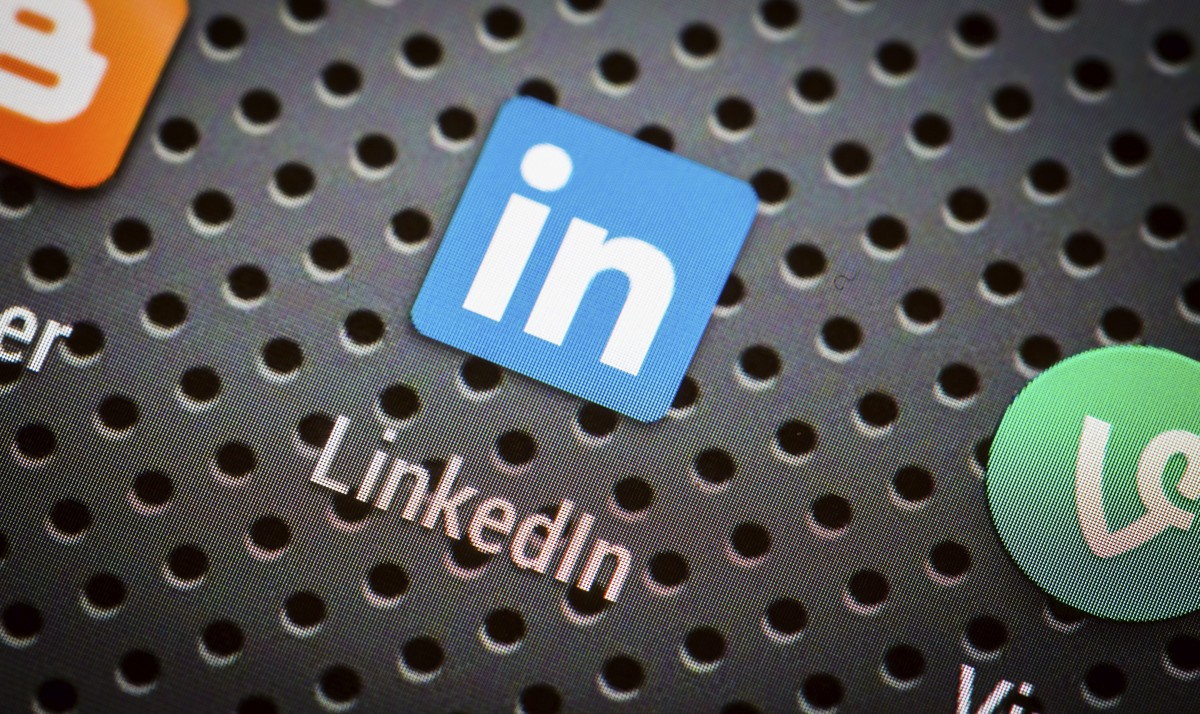 The Ultimate Guide To Maximizing LinkedIn For Career Success