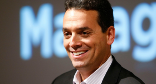 Best-Selling Author Dan Pink